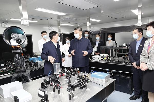 习近平:坚持中国特色世界一流大学建设目标方向