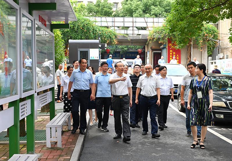 张祥安在大观区调研时强调 牢固树立工业立区兴区强区思想 以崭新状态和奋斗姿态向着更高目标迈进